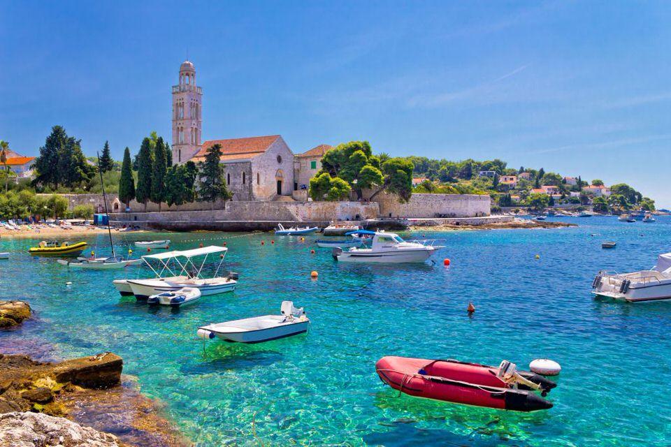 جزيرة هفار في كرواتيا