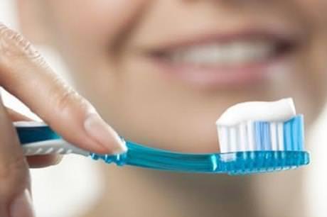 سوء العناية بنظافة الأسنان