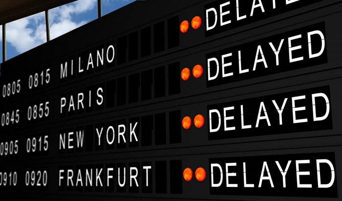 تأخر الطائرة يمكن أن يترتب عليه تعويض للمسافرين