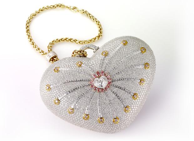 حقيبة «ليالي الألماس» 1001 لـ Mouawad بـ 3.8 مليون دولار
