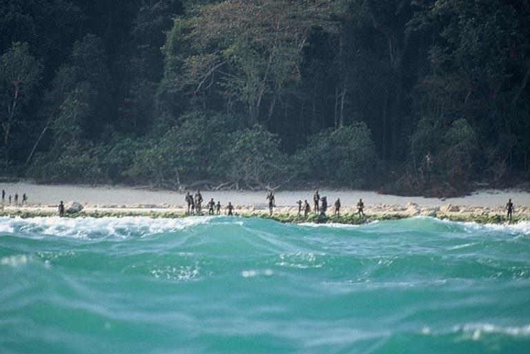 جزيرة سينتينل الشمالية، الهند