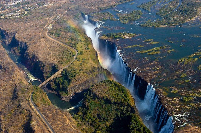 شلالات فيكتوريا - Victoria Falls