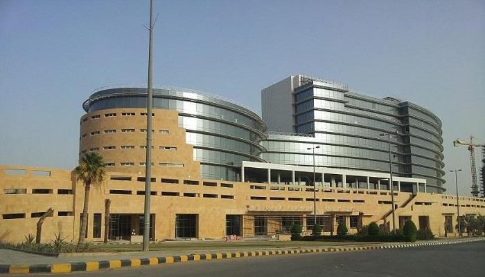 جامعة الملك سعود في الرياض، من افضل جامعات السعودية والوطن العربي - 100 نقطة