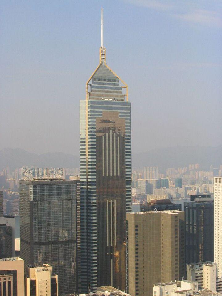 برج بلازا المالي