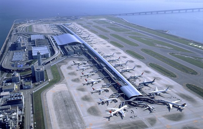 مطار كانساي الدولي - خليج أوساكا، اليابان