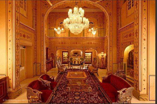 بافيليون المهراجا، في فندق راج بالاس، جايبور، الهند