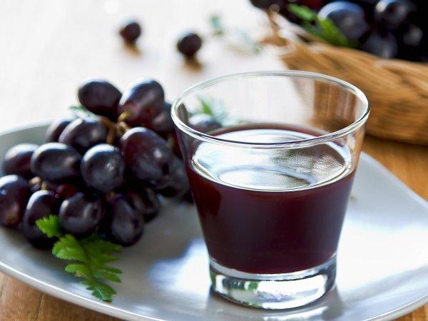 عصير العنب يمنع تجلط الدم