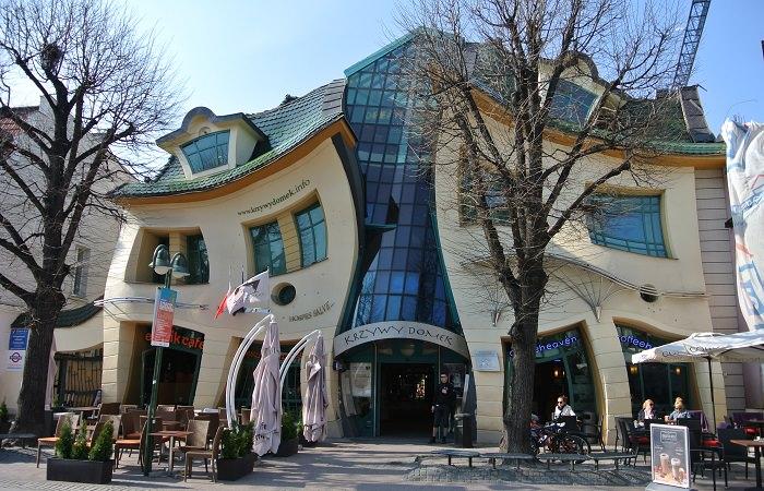 البيت الأعوج - سوبوت، بولندا