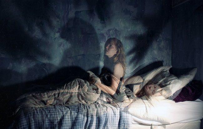 من الممكن التحرر من تجربة شلل النوم