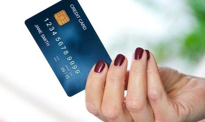 إستخدام البطاقة الائتمانية في عملية الحجز