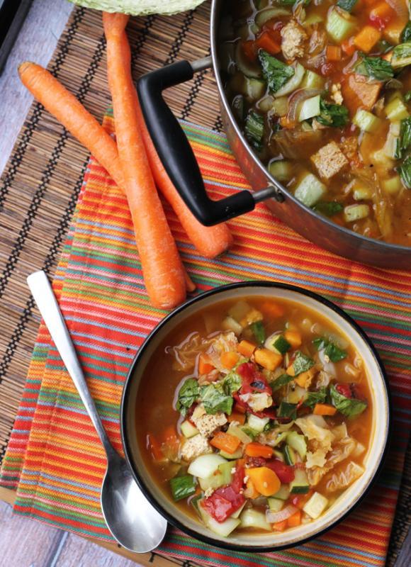 حساء الهوت آند ساور الصيني