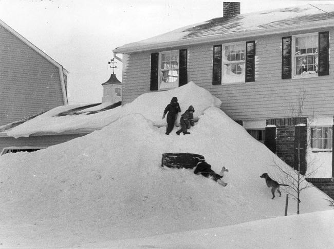 عاصفة بافالو الثلجية سنة 1977 - الولايات المتحدة