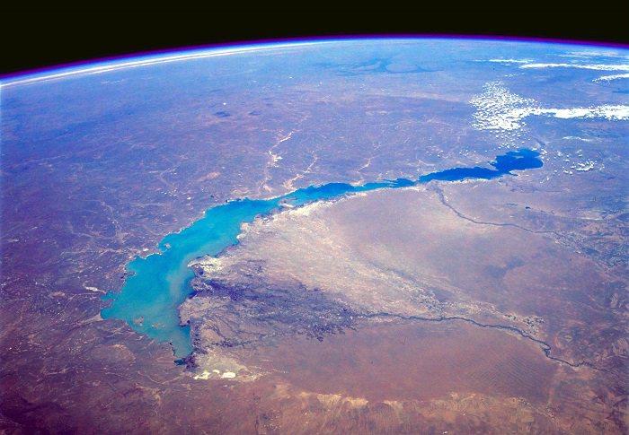بحيرة بالخاش - كازخستان