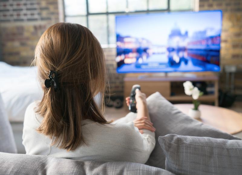 القراءة والابتعاد عن التلفاز