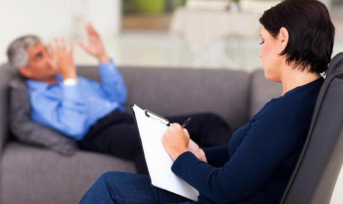 الأطباء النفسيين - بمتوسط دخل 14،912 دولار شهريا