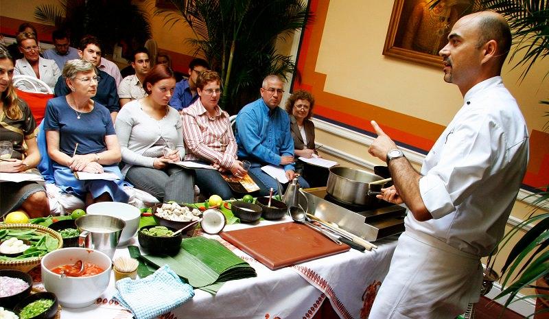 دورة لتعلم فنون الطهي