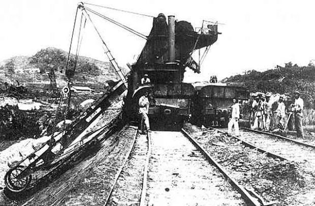 حاول «ديليسبس» فيما بعد بناء قناة بنما وفشل