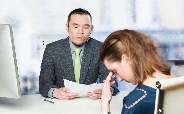 عدم التركيز خلال مقابلة العمل