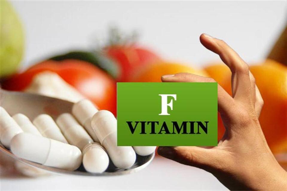 فيتامين F