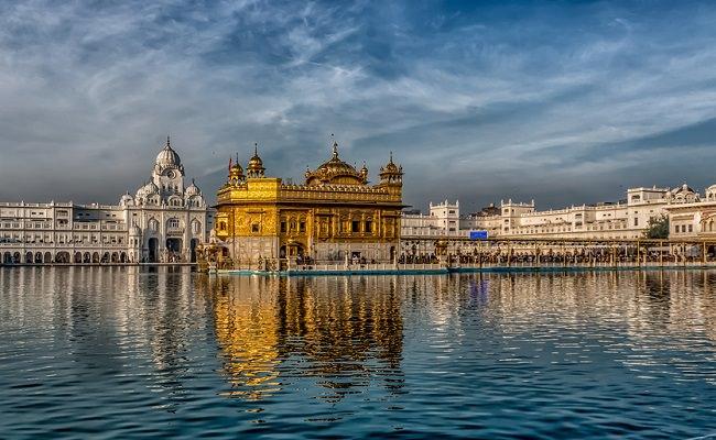 معبد هارمندير صاحب - الهند